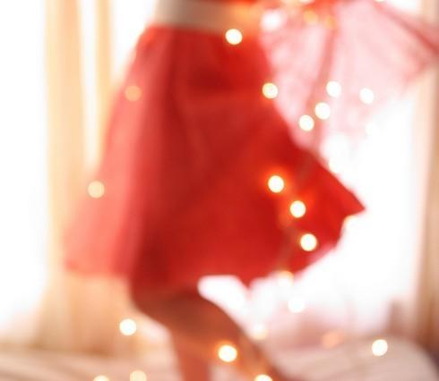穿裙子的女生唯美图片1
