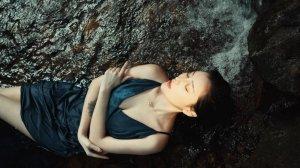 唯美孤独意境伤感一个人女生图片
